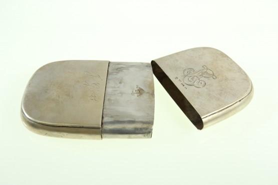 hopeinen sikarikotelo Strandberg v.1852 Oulu