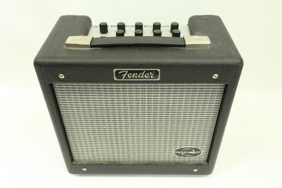 kitaravahvistin Fender